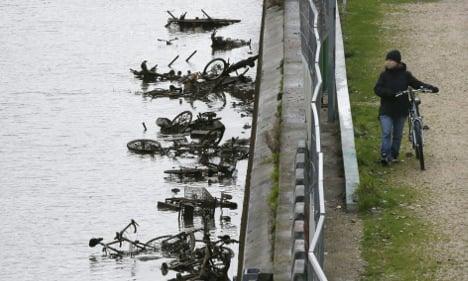 Paris: Canal Saint-Martin reveals its dirty secrets