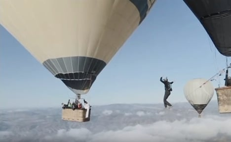 French daredevil plunges to his death from balloon
