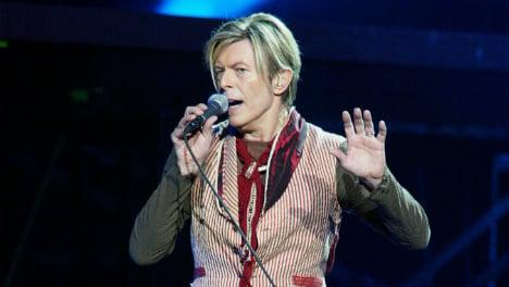 Bowie's old studio opens doors for fan farewell