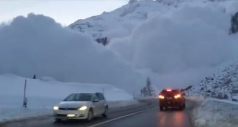 Spectacular video shows Swiss avalanche danger