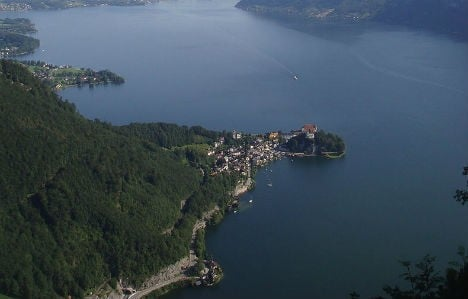 German murder-suicide link to lake bodies