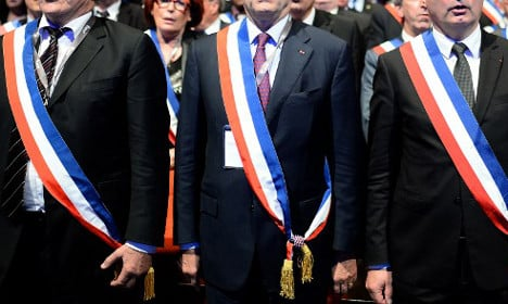 French mayor forced to accept doubled salary against his will