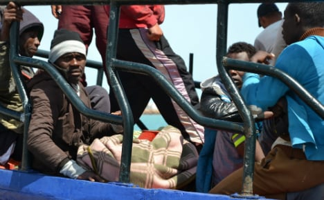 Italy recovers six bodies from sinking migrant dinghy