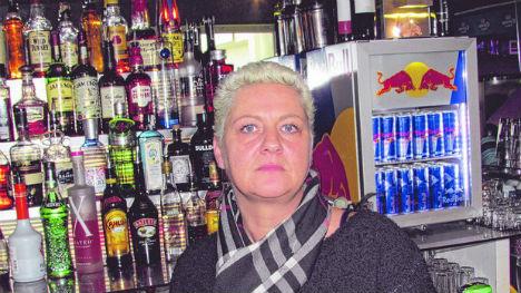 Bar bans refugees after 'harassment'