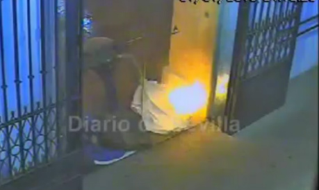 Video captures one homeless man setting another on fire as he sleeps