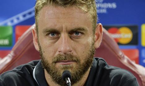 Roma star says sorry for Mandzukic 'gypsy' slur