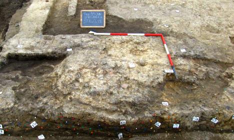 Bronze Age village found near ancient Roman city