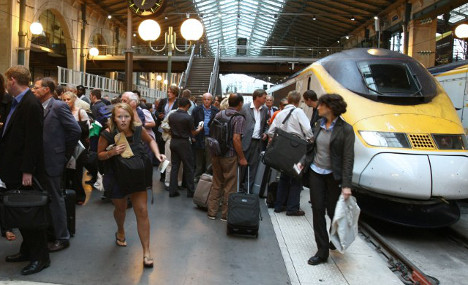 700 Eurostar passengers have nightmare journey to Paris