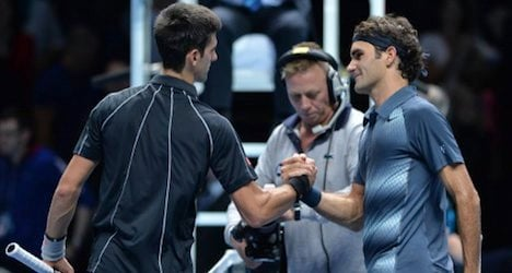 Federer braces for semifinal clash with Djokovic