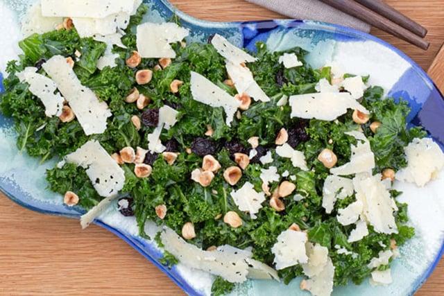 How to make crunchy Swedish winter salad