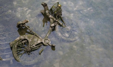 Paris: Nearly 100 Velib' bikes found in Canal Saint-Martin