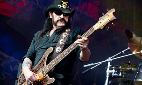 Oslo city bells pay tribute to rock legend Lemmy