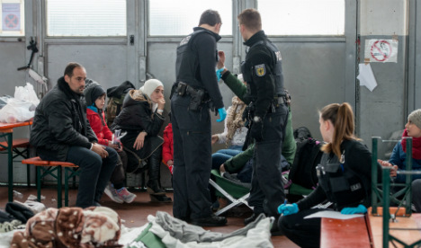 Police 'can't keep up border controls': union