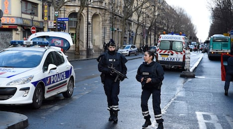 RECAP: Man with Isis flag attacks Paris police