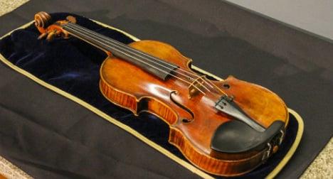 €2.4 million Stradivarius left on train by violinist