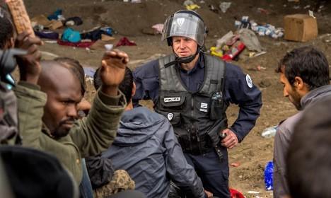 More arrests after attacks on Calais 'Jungle' migrants