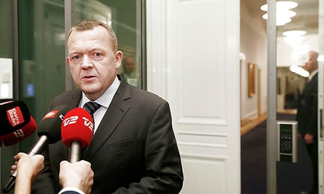 Danish PM: I'd rather call election than fire minister