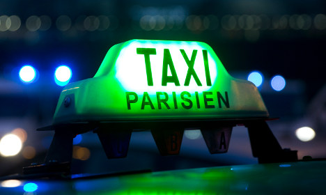 Paris airport taxis now subject to flat rate fee