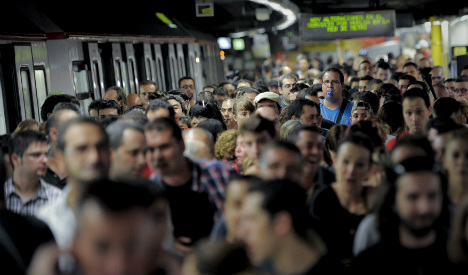 Metro strike brings queues and chaos across Barcelona
