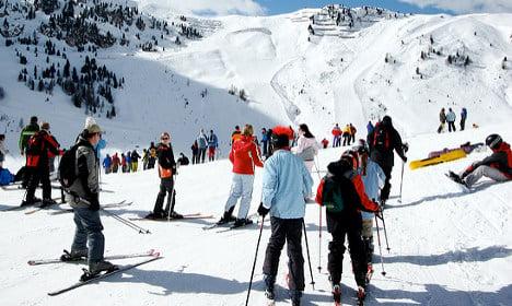 Man dies in crash with fellow skier on Alps piste