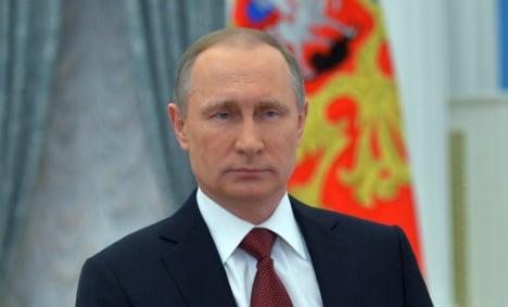 Putin is trying to destabilize Germany, spy chiefs warn