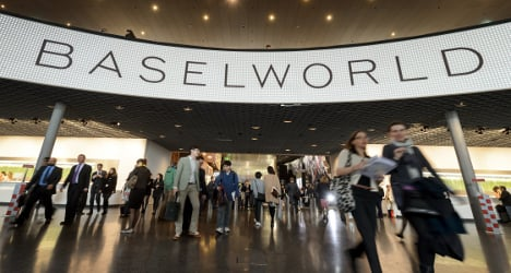 Swiss watch fair opens amid crisis of confidence
