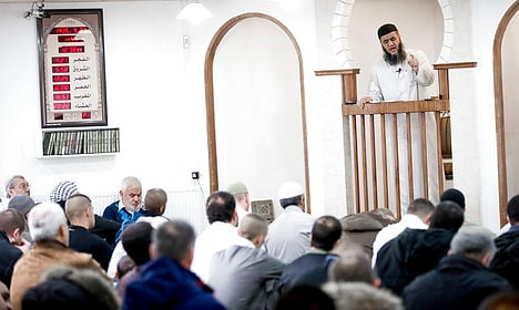 Danish PM vows to take on radical imams