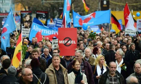 Merkel in for drubbing as populists eye poll surge