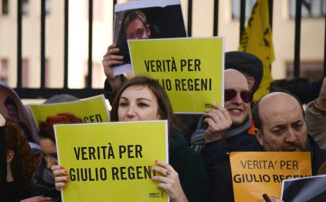 Italy offers to help Egypt probe Giulio Regeni murder