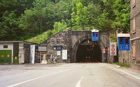 Italian Alpine tunnel advances just 50cm a day