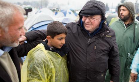 Did German politician help smuggle stranded refugees?
