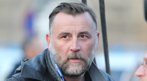 Pegida leader faces trial for calling refugees 'scum'