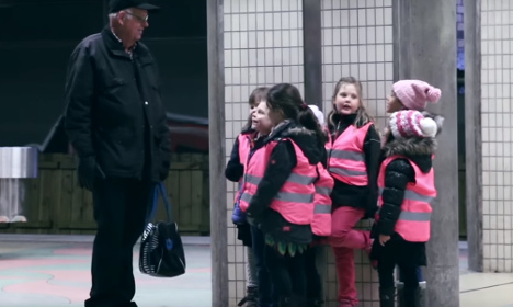 Swedes moved to tears by this adorable prank on old man