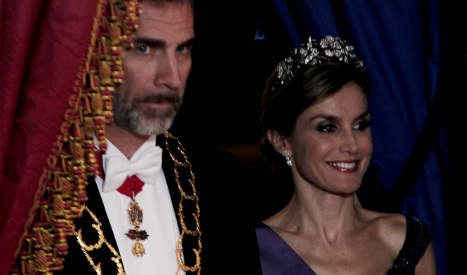 Leaked text chat embarrasses scandal-hit Spanish royals