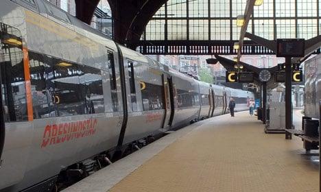 Mystery Danish train heroes praised for bravery