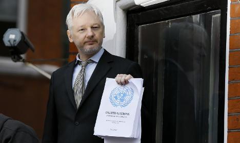 Swedish prosecutors: 'Assange is still a flight risk'