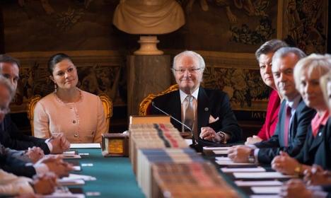 Sweden cheers birth of baby Prince Alexander