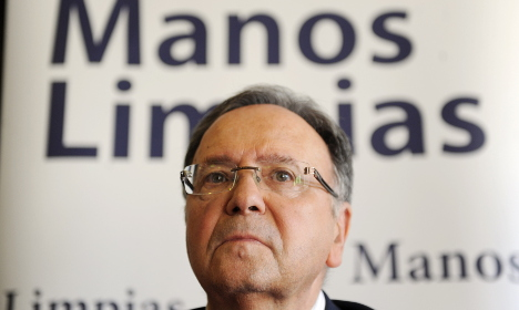Dirty laundry snares head of Spain's 'Clean Hands'
