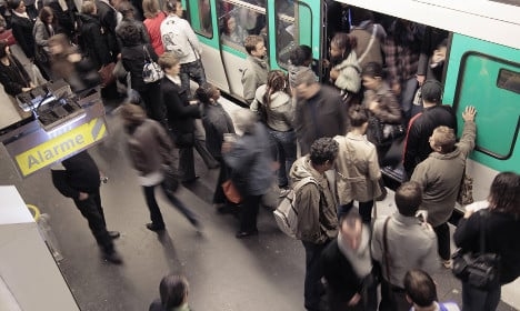 Parisians spend total of 23 days a year on transport
