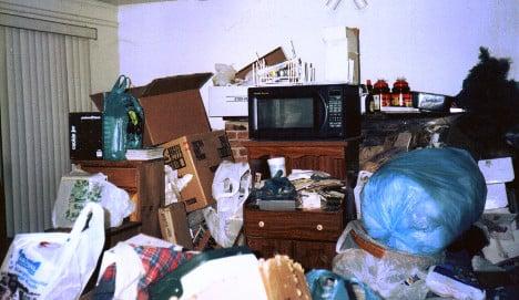 Compulsive hoarder crushed to death under huge trash pile