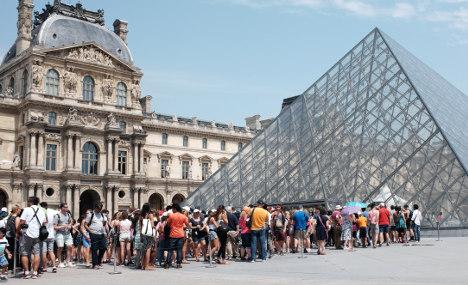 France retains title of world's top tourist destination