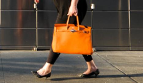 Mum jailed for handbag attack on teacher at school gates
