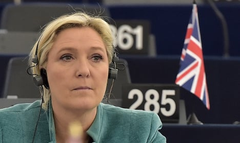 Marine Le Pen to head to UK in push for Brexit