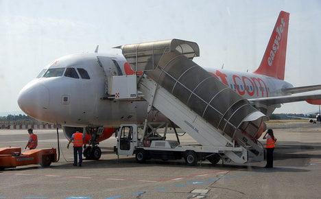 Man taken off easyJet flight in Pisa over 'security concerns'