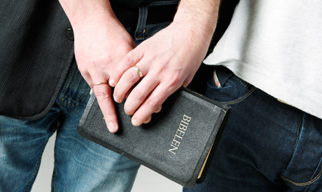 Norway to allow gay church weddings