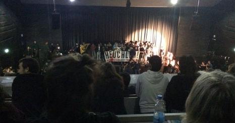 Identitarians storm stage in Vienna during refugee play