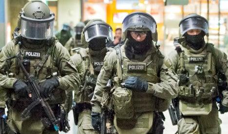 Elite anti-terror cops collar five far-right suspects