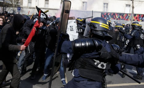 Youths clash with police in latest Paris labour protests