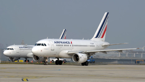 Air France stewardesses rebel over order to wear veil