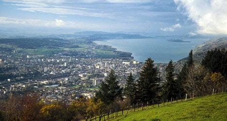 Bern pulls plug on lakes after heavy rain forecast